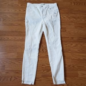 FREE PEOPLE | Raw Uneven Hem White Jeans